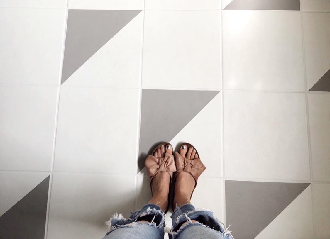 DIY painted bathroom floors